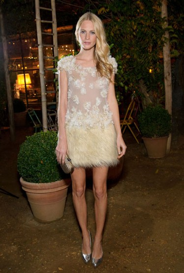poppy-delevingne-in-a-white-textured-mini-dress-and-metallic-accessories